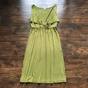 J Crew • olive green jersey knit ruffle dress